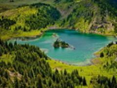 温哥华 - 洛矶山 - 班芙 - 露易丝湖 - 冰原 - 惠斯勒 - 维多利亚8天游